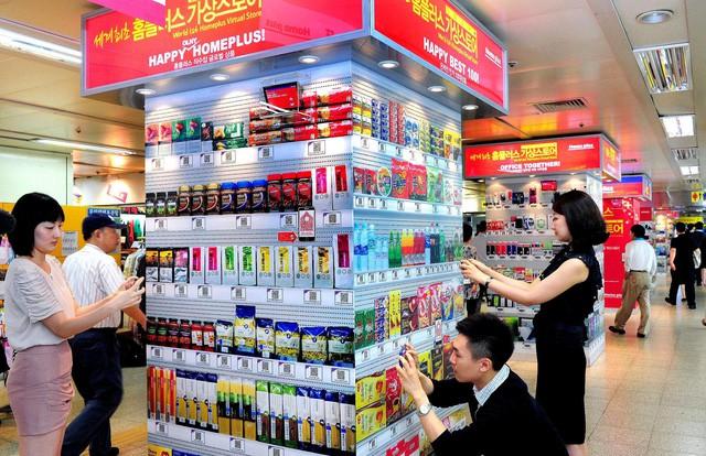 Trước Vinmart, một nhà bán lẻ từng triển khai Virtual Store và thắng lớn: Doanh số trực tuyến tăng 130%, vươn lên trở thành chuỗi bán lẻ online số 1 Hàn Quốc - Ảnh 2.