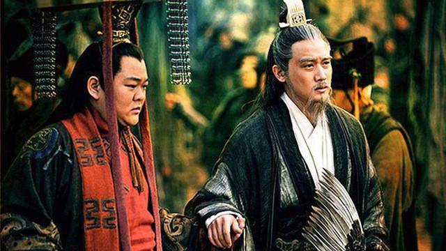 Được ví như túi khôn của Thục Hán, vì sao Lưu Bị ít khi đưa Gia Cát Lượng cùng ra trận? - Ảnh 5.