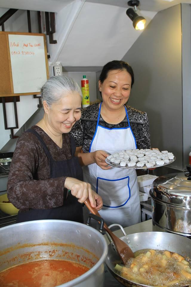 Nguyễn Dzoãn Cẩm Vân - Qua bao truân chuyên để thành Huyền thoại của gian bếp Việt, cuối cùng vì chữ An mà buông bỏ tất cả - Ảnh 7.