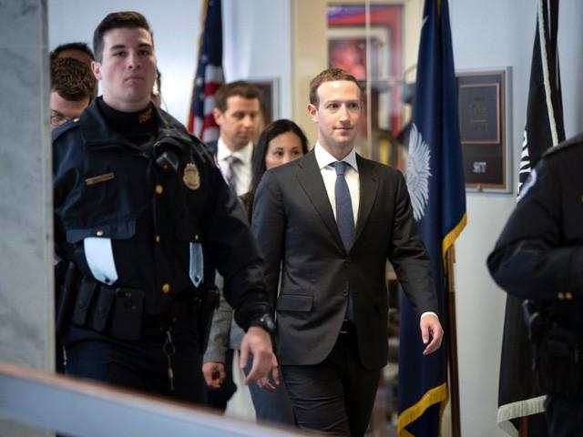 Cách các gã khổng lồ công nghệ bảo vệ CEO của mình: Chi hàng triệu USD cho vệ sỹ, lắp hệ thống chống đạn và thiết kế lối thoát hiểm khẩn cấp riêng - Ảnh 9.