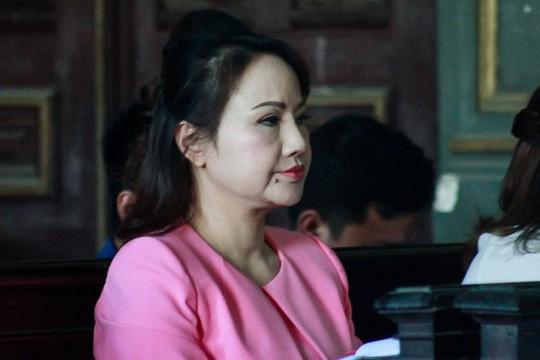 Eximbank đã trả gốc và lãi 360,4 tỉ đồng cho bà Chu Thị Bình - Ảnh 1.