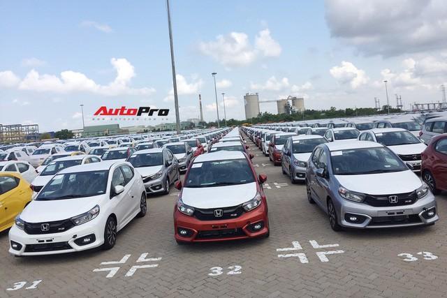 Lô gần 400 xe Honda Brio đổ bộ Việt Nam với một điểm độc đáo so với các xe phổ thông trên thị trường - Ảnh 1.