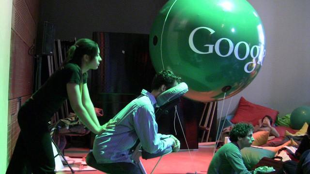 """Môi trường """"sướng như tiên"""" của Google: Ăn ngập mặt, gym & massage tại chỗ, chu cấp 50% lương cho người thân suốt 10 năm nếu nhân viên qua đời - Ảnh 4."""