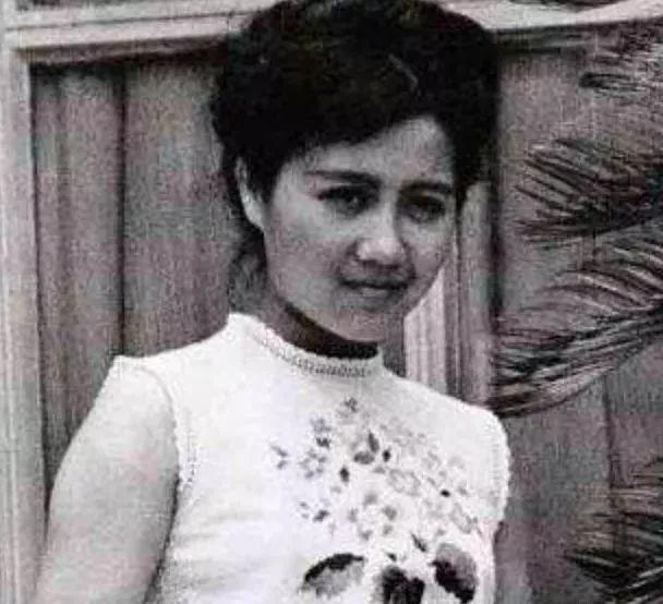 Lọ lem xuất chúng của Macau: Vũ nữ đổi đời thành bà tư gia sản chục ngàn tỷ, khiến trùm sòng bạc phải nể phục - Ảnh 4.