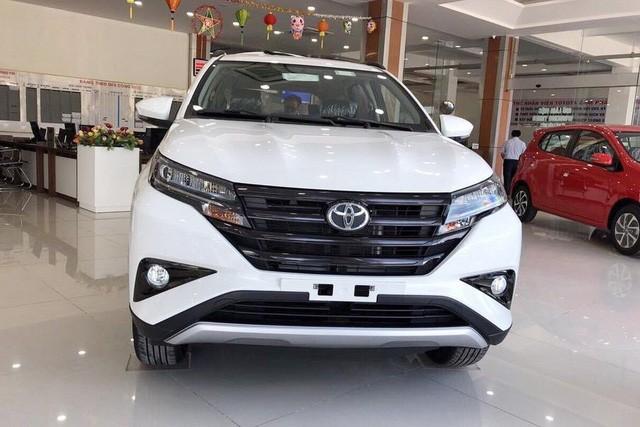 Loạt xe bán kém số 1 Việt Nam tháng 5: Toyota chiếm áp đảo - Ảnh 1.