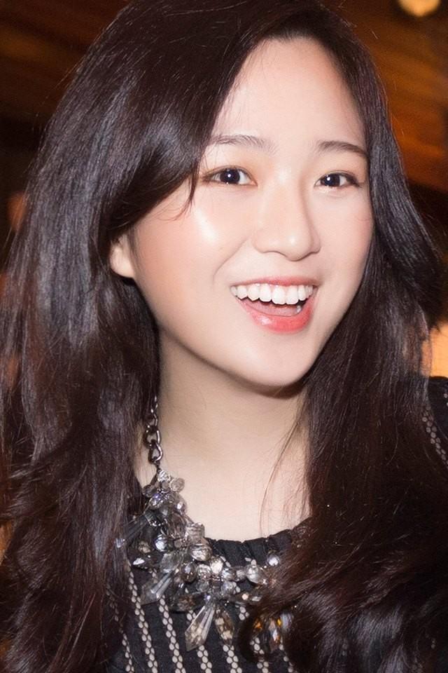 Những ái nữ Việt sinh ra đã ở vạch đích: người xinh đẹp nức tiếng, người sớm hưởng gen kinh doanh cực mạnh - Ảnh 17.