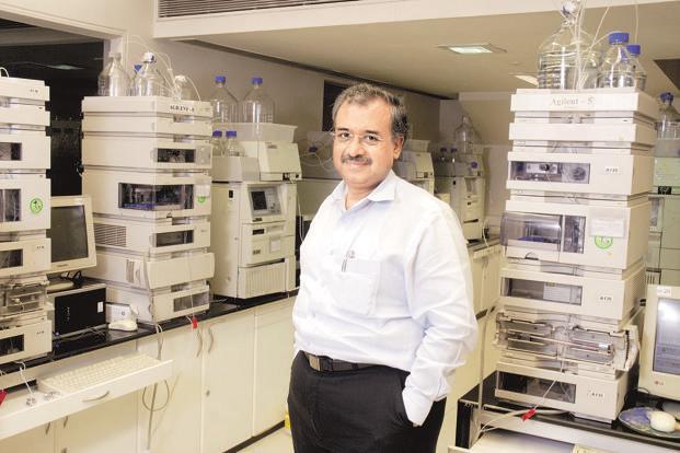 Tỷ phú Dilip Shanghvi: Cha đẻ của công ty dược lớn thứ 5 thế giới khởi nghiệp từ 200 USD đi vay và 2 nhân viên tiếp thị! - Ảnh 4.
