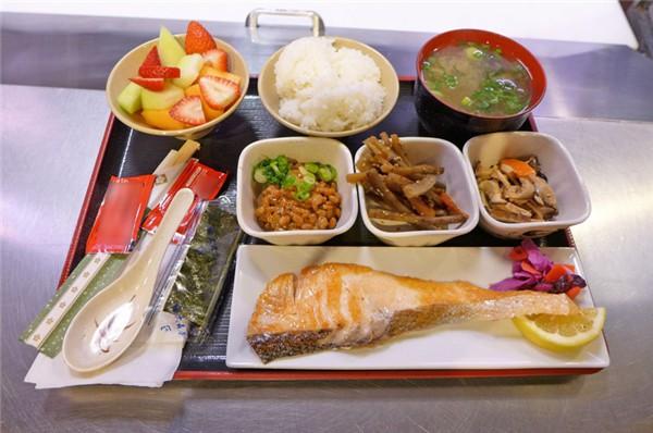 Cùng điểm qua bữa sáng trên khắp thế giới: Trong khi Việt Nam gắn liền với phở hay bánh mì thì các quốc gia khác bắt đầu ngày mới như thế nào? - Ảnh 9.