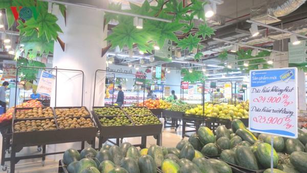 Xuất khẩu qua trung gian, nhiều nông sản Việt bị đội giá gần gấp 2 lần - Ảnh 1.