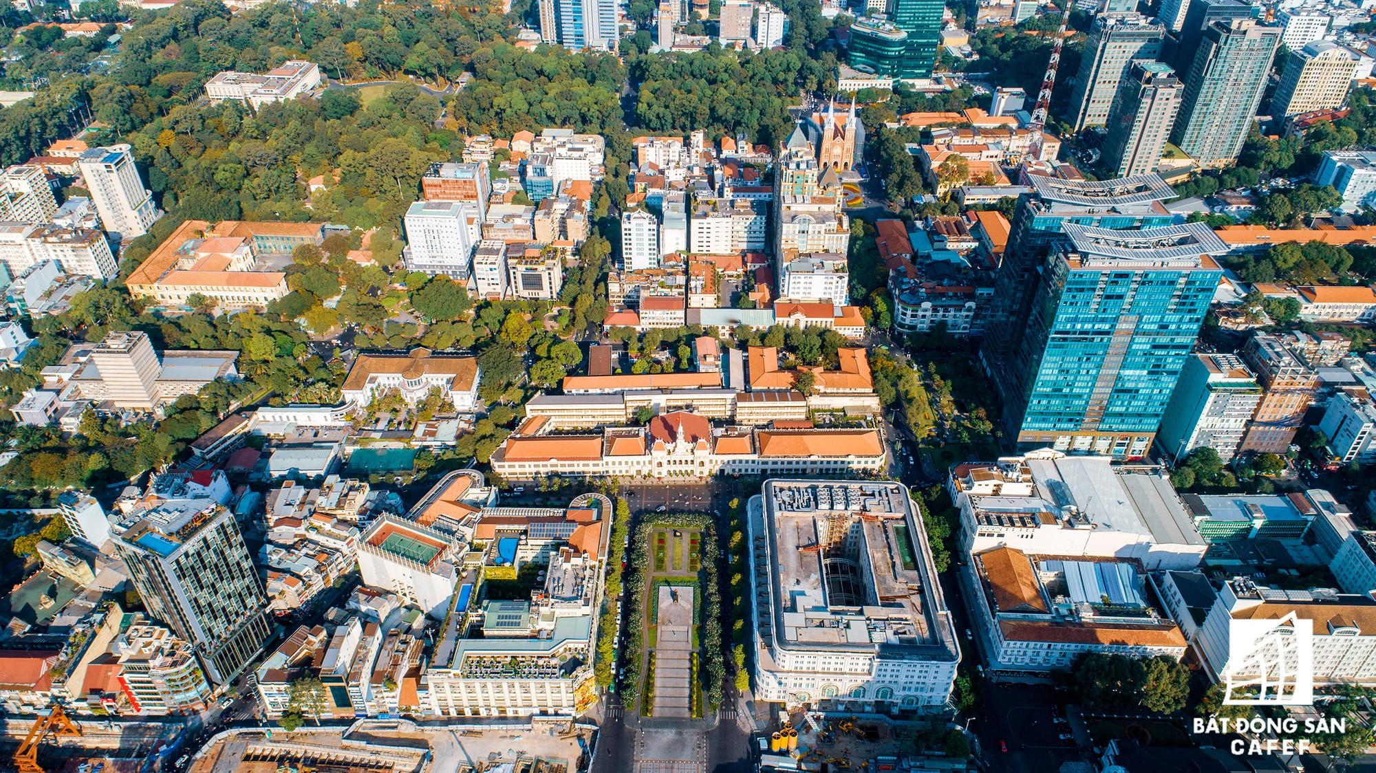 Toàn cảnh con đường có giá bất động sản đắt đỏ nhất Việt Nam, lên tới 2 tỷ đồng một m2 - Ảnh 1.