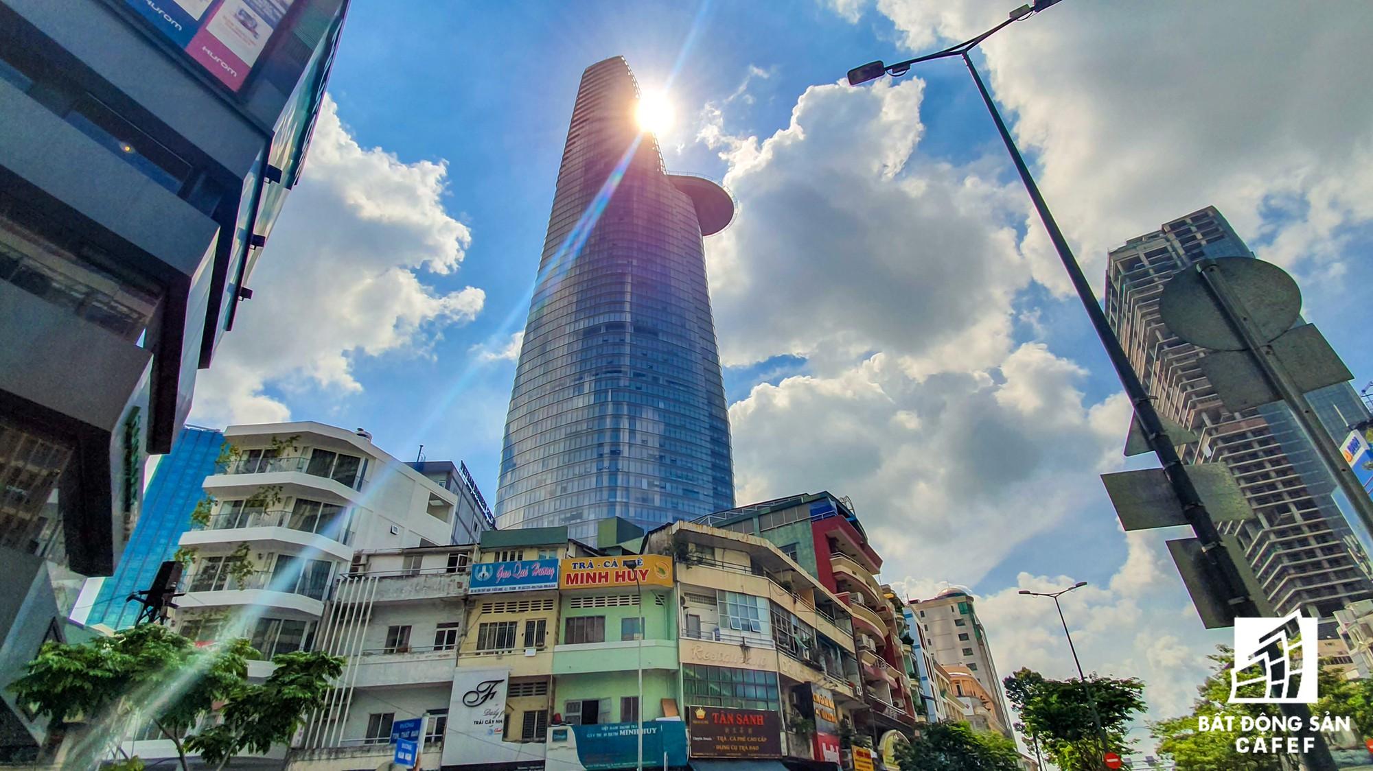Toàn cảnh con đường có giá bất động sản đắt đỏ nhất Việt Nam, lên tới 2 tỷ đồng một m2 - Ảnh 20.