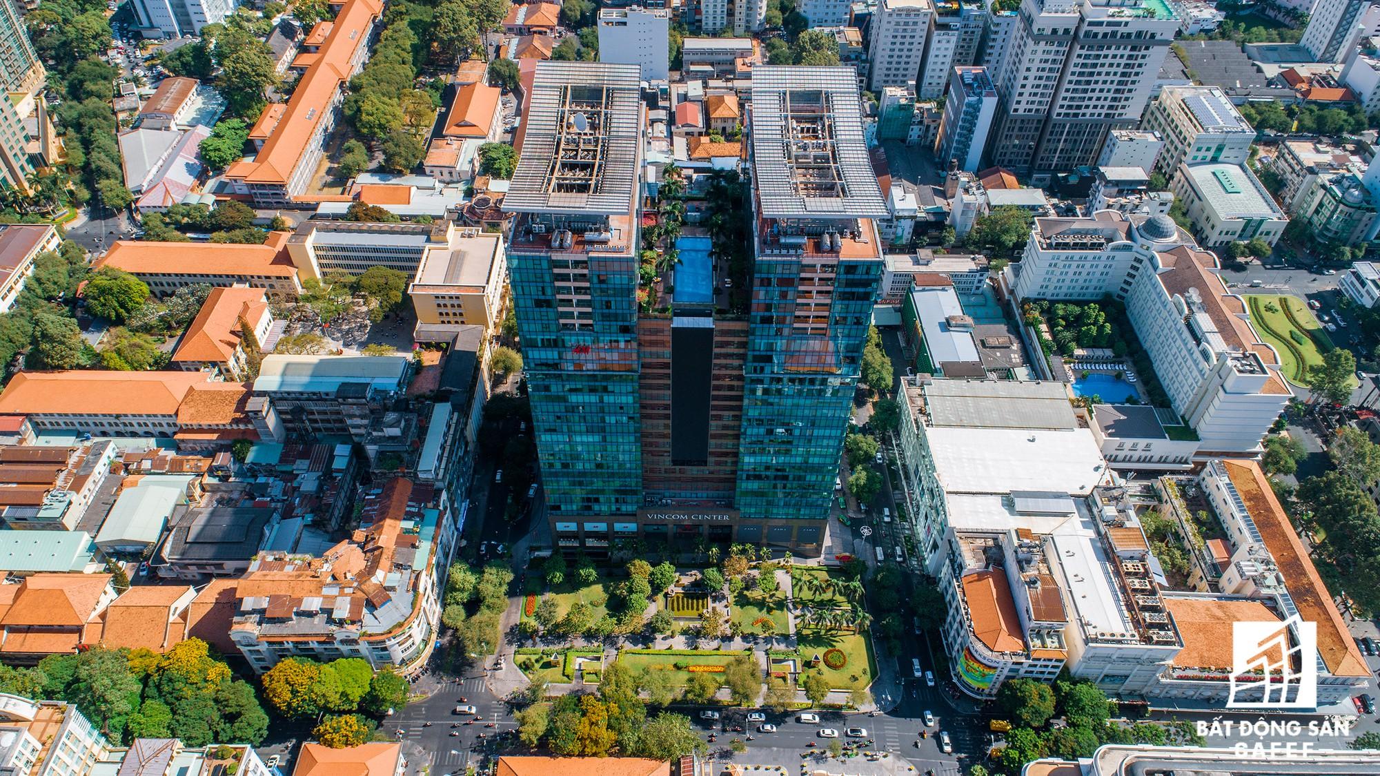 Toàn cảnh con đường có giá bất động sản đắt đỏ nhất Việt Nam, lên tới 2 tỷ đồng một m2 - Ảnh 4.