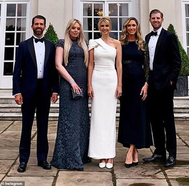 Ngày thứ 3 tại Anh, Ivanka Trump tiếp tục làm chao đảo giới truyền thông, lấn át cả gia đình Hoàng gia bằng màn thể hiện xuất chúng - Ảnh 5.