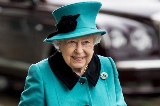Nước Anh rộn ràng mừng sinh nhật Nữ hoàng Elizabeth II - Ảnh 1.