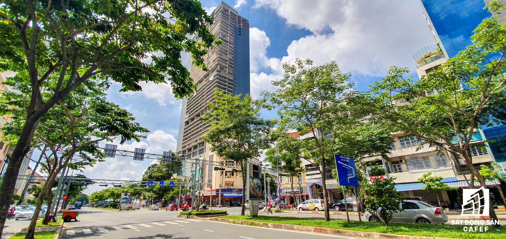 Có một phố Wall ngay lòng trung tâm TPHCM, giá mỗi m2 nhà đất lên đến cả tỷ đồng - Ảnh 11.