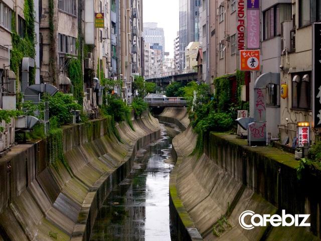 Chẳng riêng Hà Nội, thủ đô Tokyo của Nhật Bản cũng có những dòng sông bị bức tử - Ảnh 1.