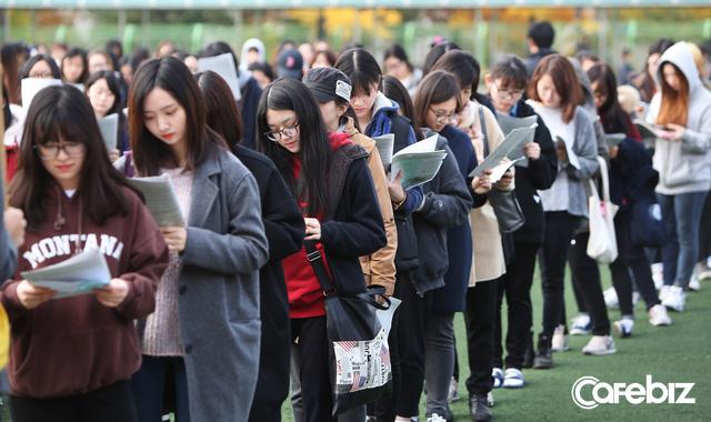 Từ bộ phim Ký sinh trùng đến đời thực ở Hàn Quốc: Văn hóa Học hoặc chết trong xã hội trọng bằng cấp (P.4) - Ảnh 1.