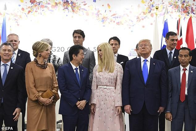 Khoảnh khắc Ivanka Trump khiến các nhà lãnh đạo thế giới ngước nhìn không rời mắt gây sốt mạng xã hội - Ảnh 3.