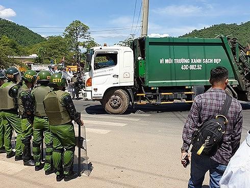 Chỉ đạo nóng của Chủ tịch Đà Nẵng đến bãi rác Khánh Sơn mất bao lâu? - Ảnh 1.