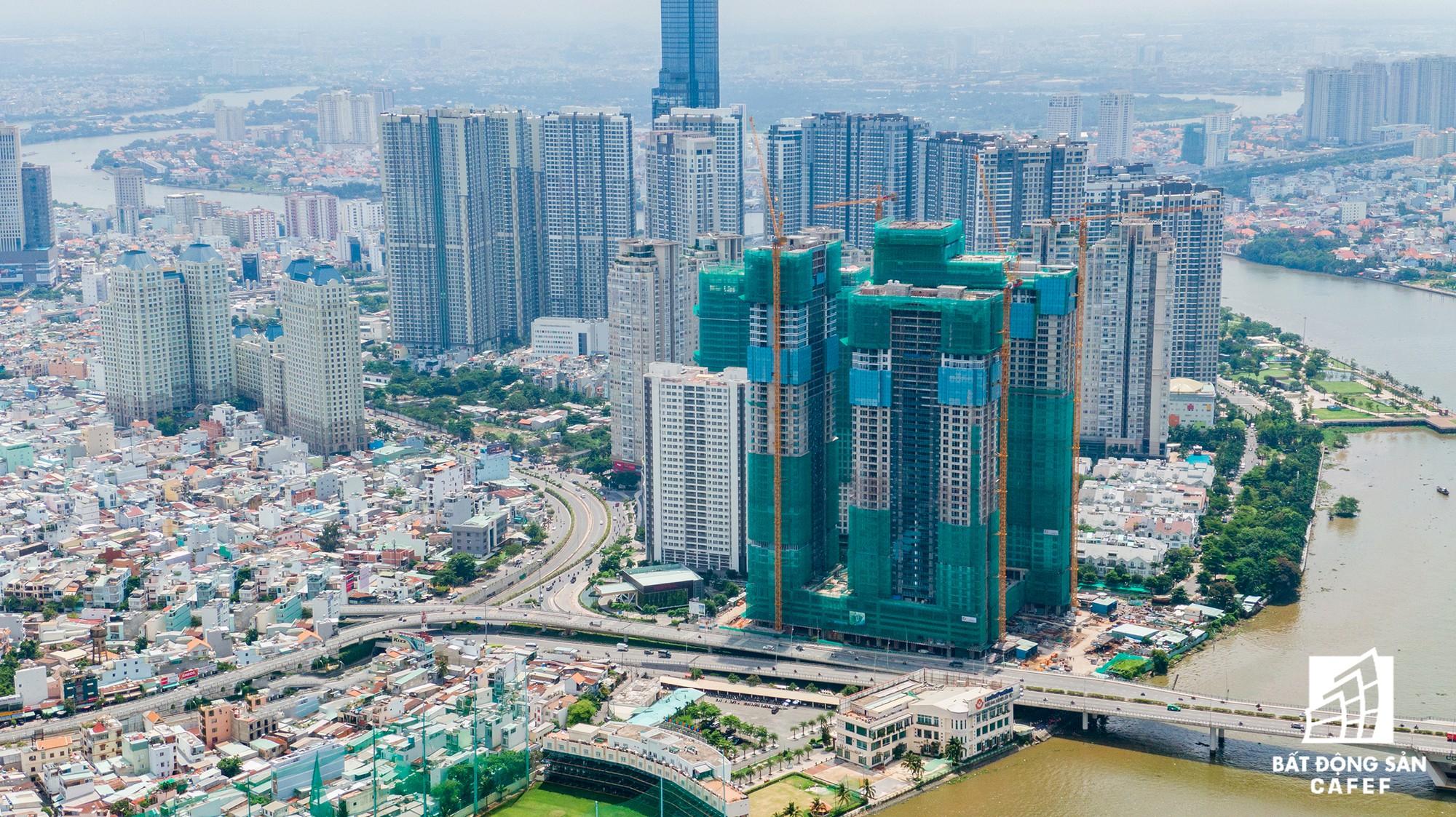Những cửa ngõ ra vào trung tâm Sài Gòn đang bị 'bóp nghẹt' như thế nào? - Ảnh 4.