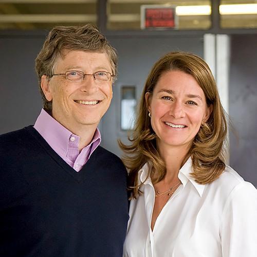 Bill Gates gọi Steve Jobs là gã khốn có tài yểm bùa nhân viên làm việc nhiều giờ liền và mê hoặc khách hàng trên toàn thế giới - Ảnh 2.