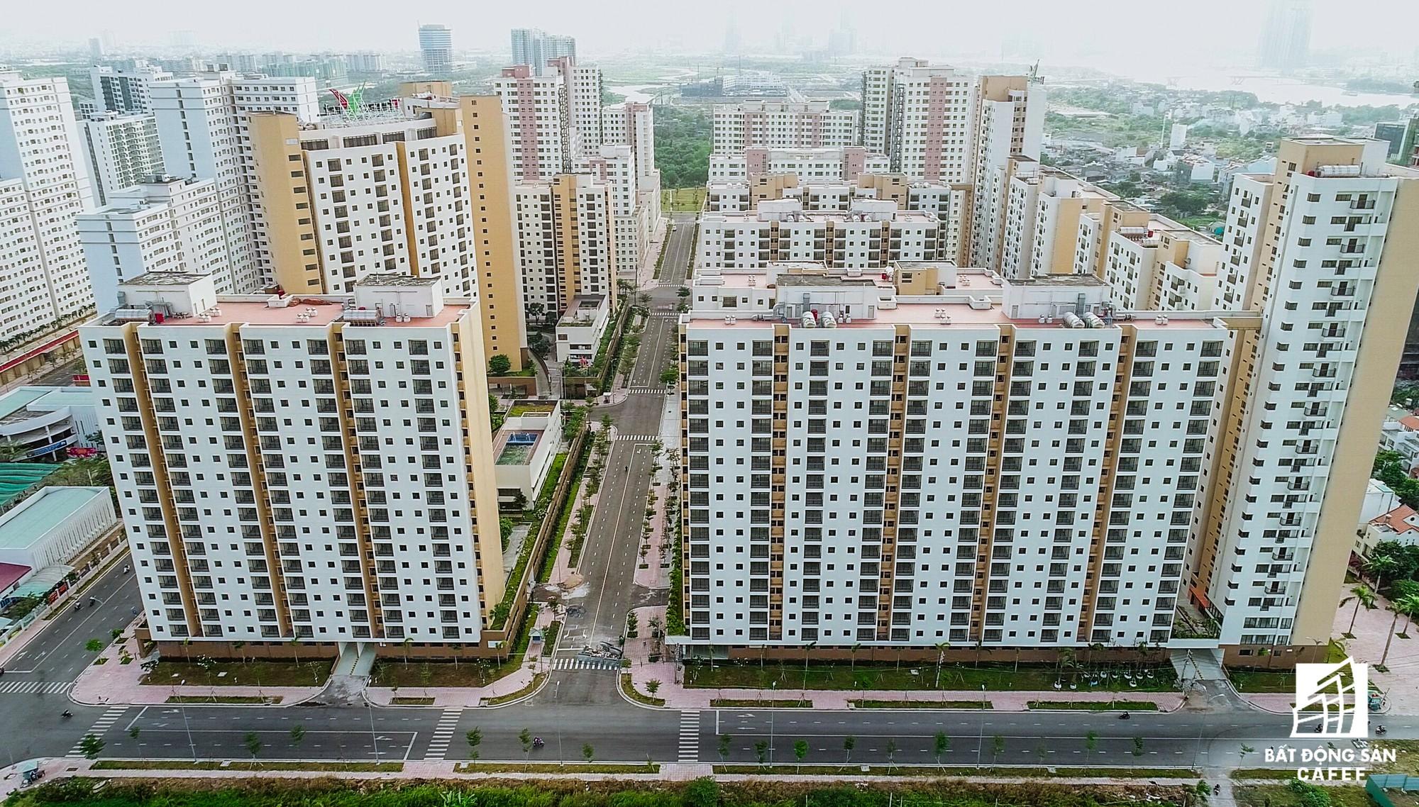 Toàn cảnh khu tái định cư đồ sộ nhất TPHCM, chục nghìn căn hộ không ai ở, bán đấu giá nhiều lần thất bại - Ảnh 8.