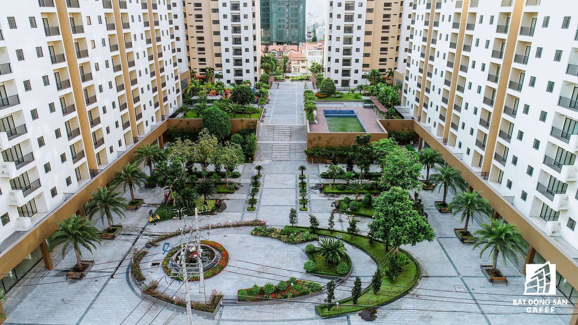 Toàn cảnh khu tái định cư đồ sộ nhất TPHCM, chục nghìn căn hộ không ai ở, bán đấu giá nhiều lần thất bại - Ảnh 15.