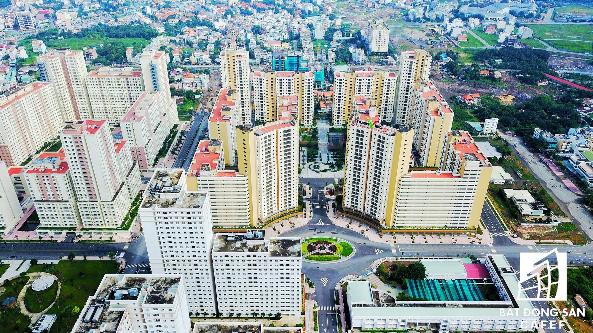 Toàn cảnh khu tái định cư đồ sộ nhất TPHCM, chục nghìn căn hộ không ai ở, bán đấu giá nhiều lần thất bại - Ảnh 6.
