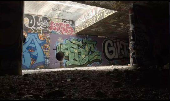 Góc khuất sau Las Vegas hào nhoáng: Cuộc sống chui rúc của cư dân chuột chũi trong đường hầm bẩn thỉu, nhặt thức ăn thừa từ thùng rác - Ảnh 8.