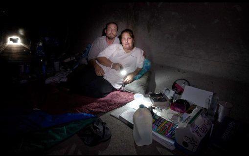 Góc khuất sau Las Vegas hào nhoáng: Cuộc sống chui rúc của cư dân chuột chũi trong đường hầm bẩn thỉu, nhặt thức ăn thừa từ thùng rác - Ảnh 10.