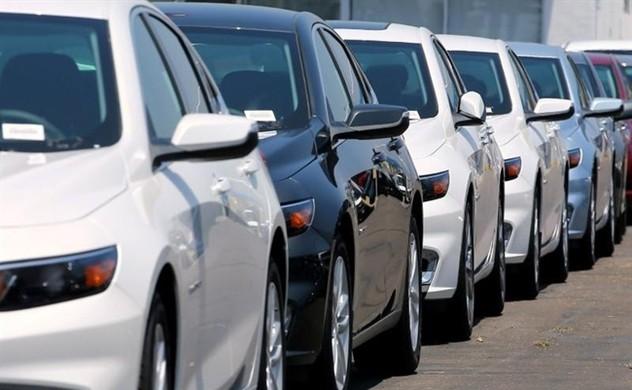 Sang tháng sau, ô tô nhập ồ ạt về, vào đợt giảm giá sâu - Ảnh 1.