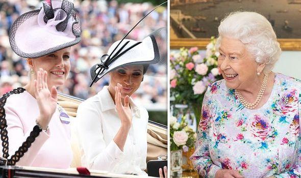 Nữ hoàng Anh âm thầm cử cố vấn hỗ trợ Meghan Markle sau một loạt ồn ào và danh tính người được chọn không phải ai xa lạ - Ảnh 1.