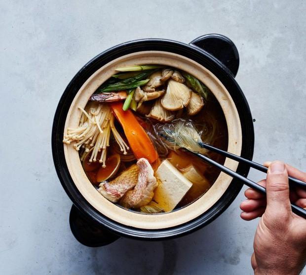 Khi cả thế giới xem thực khách là thượng đế, người Nhật lại có văn hóa ăn uống sao cho... đẹp lòng đầu bếp - Ảnh 1.