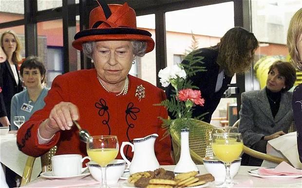 Đây là 3 thói quen ăn uống giúp Nữ hoàng Elizabeth II đã 93 tuổi mà vẫn sống khỏe mạnh, trường thọ - Ảnh 8.