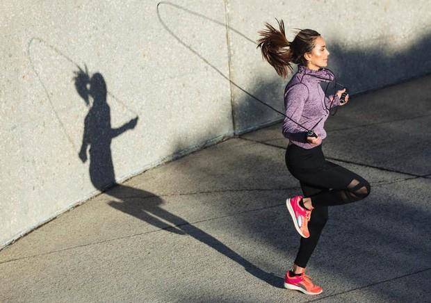 Muốn giảm cân mà lười chạy bộ? Dưới đây là những lựa chọn thay thế bạn không thể bỏ qua - Ảnh 1.