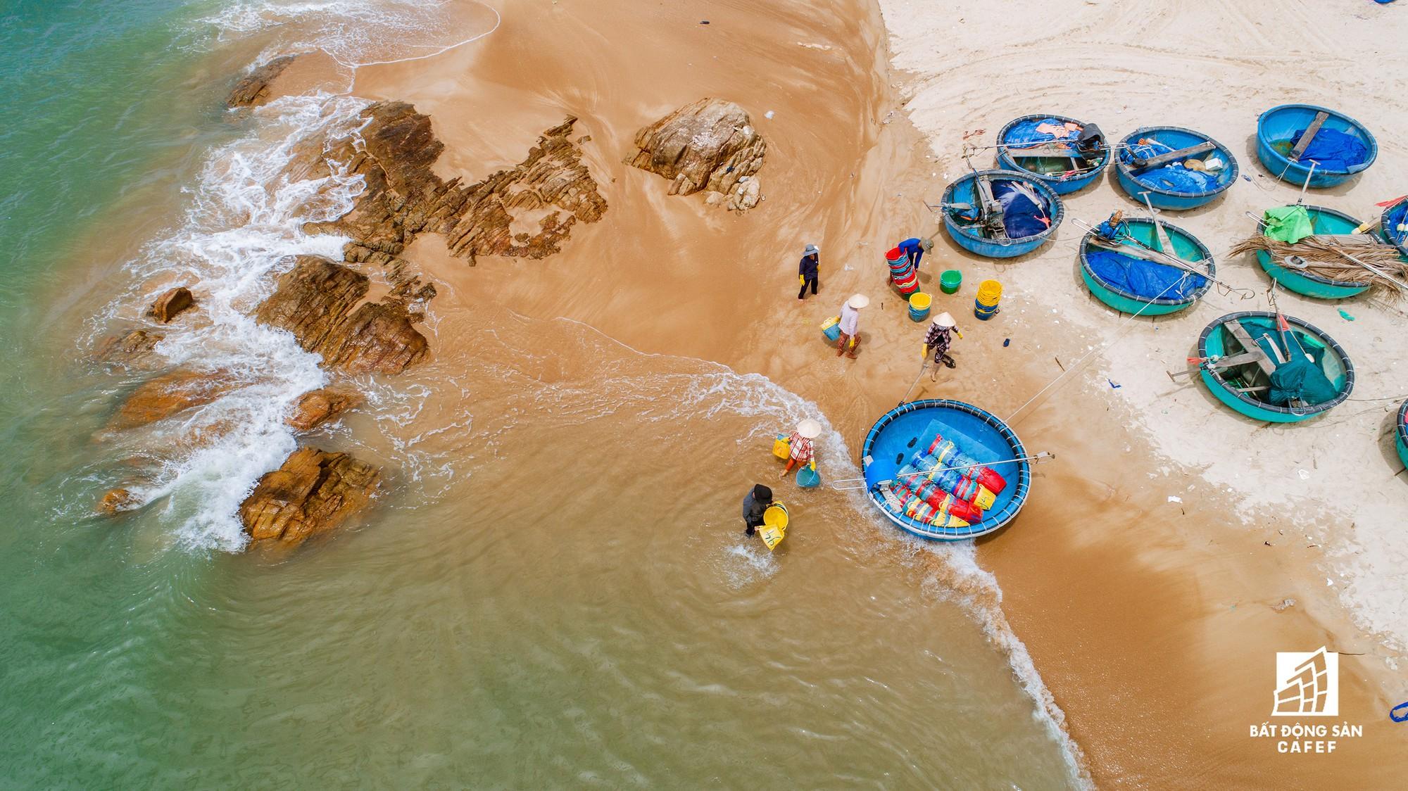 Quy hoạch thành khu du lịch quốc gia, dải ven biển này đang đón dòng vốn hàng tỷ USD, giá đất tăng chóng mặt - Ảnh 13.