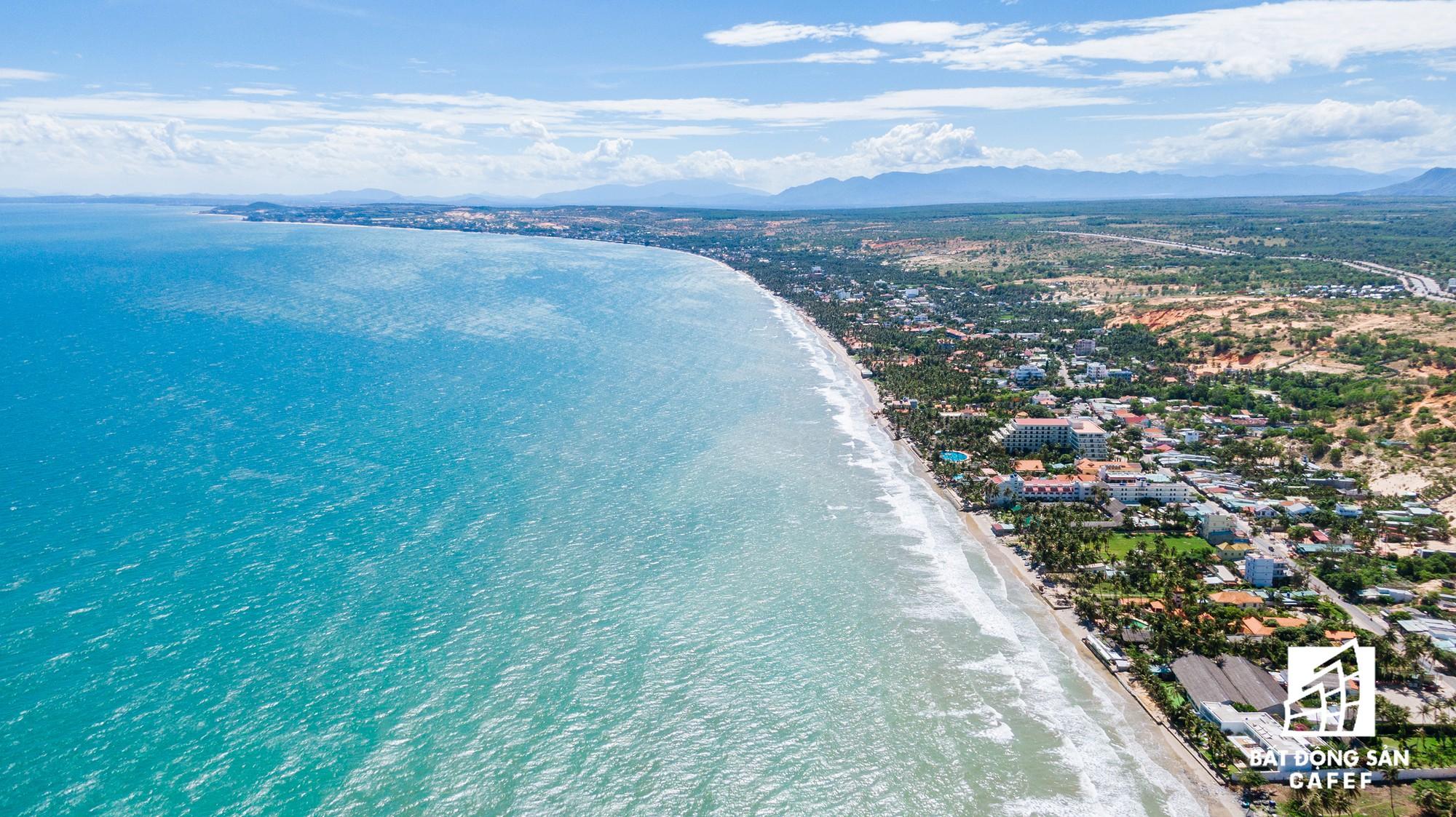 Quy hoạch thành khu du lịch quốc gia, dải ven biển này đang đón dòng vốn hàng tỷ USD, giá đất tăng chóng mặt - Ảnh 5.