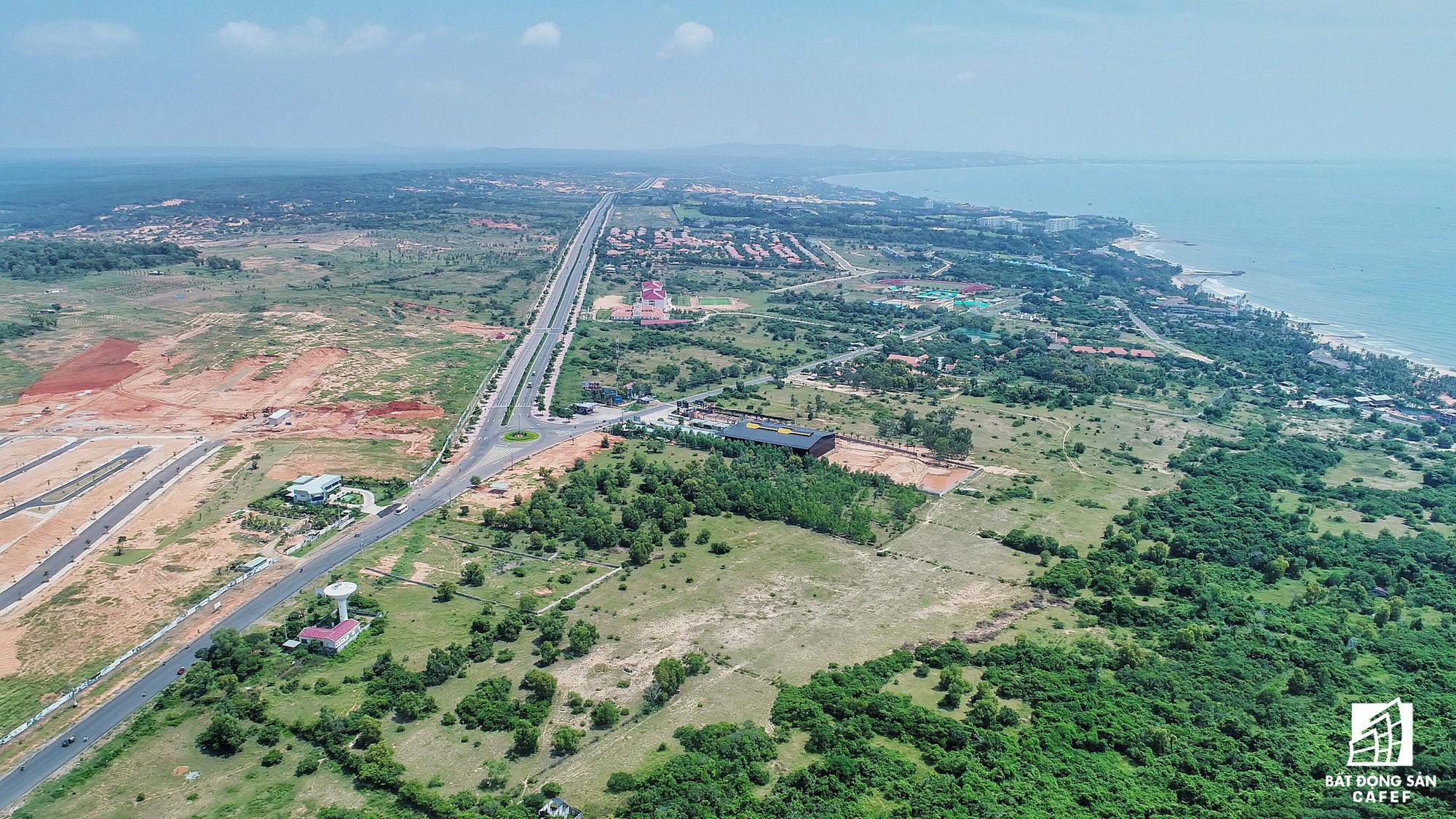 Quy hoạch thành khu du lịch quốc gia, dải ven biển này đang đón dòng vốn hàng tỷ USD, giá đất tăng chóng mặt - Ảnh 3.