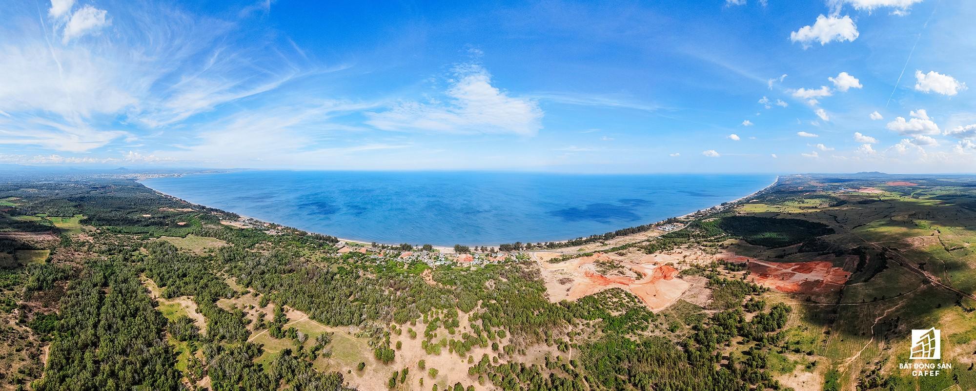 Quy hoạch thành khu du lịch quốc gia, dải ven biển này đang đón dòng vốn hàng tỷ USD, giá đất tăng chóng mặt - Ảnh 31.