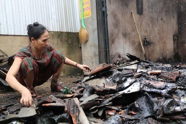 Sau tiếng nổ lớn, hàng trăm thiết bị điện ở Hà Tĩnh bị chập cháy - Ảnh 3.