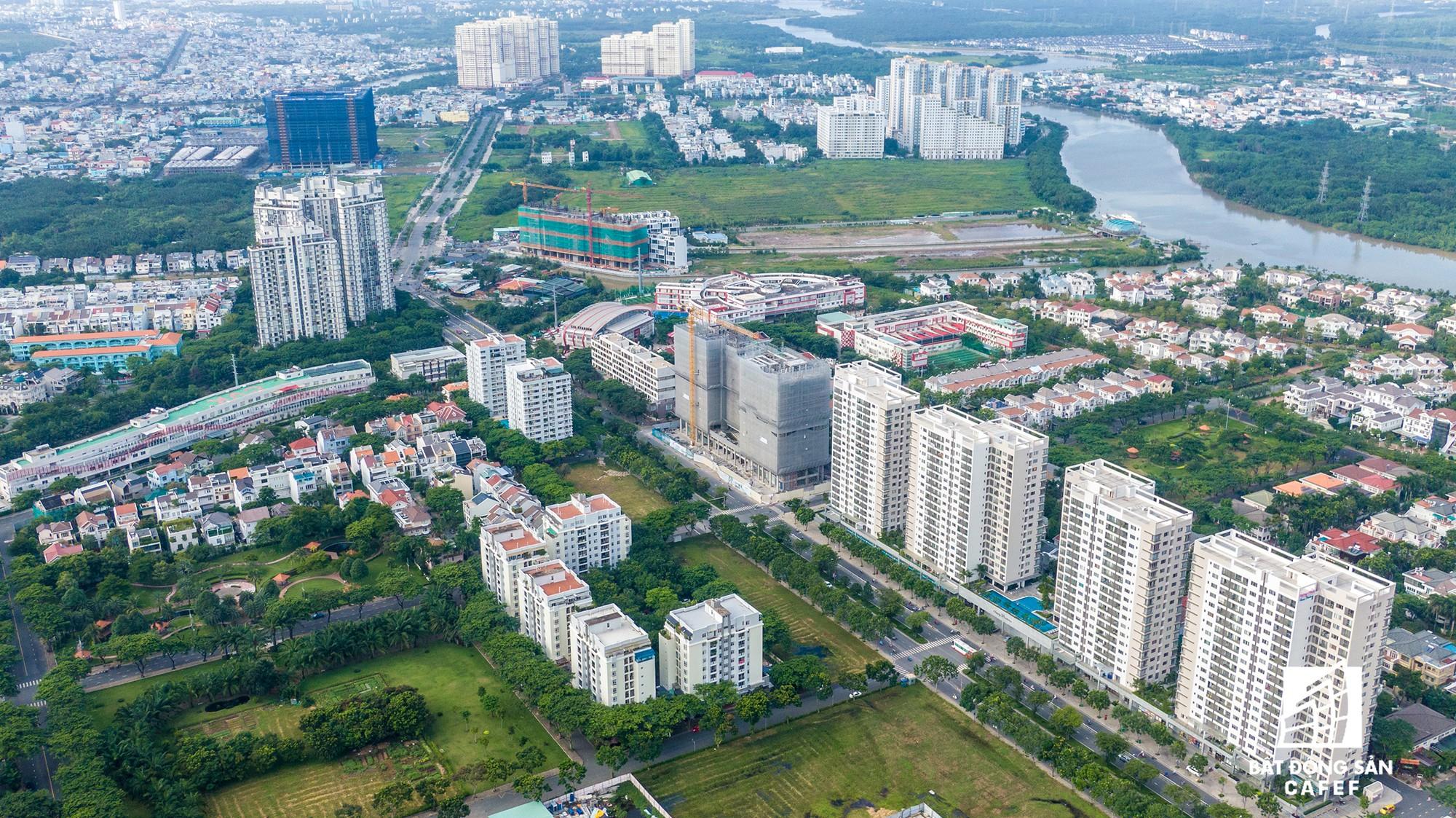 Có một trung tâm tài chính tại khu Nam Sài Gòn - Nơi giá nhà tăng chóng mặt - Ảnh 5.