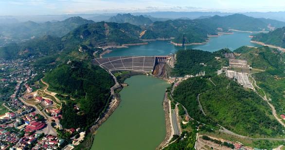Đầu tư 9.200 tỷ mở rộng nhà máy thủy điện Hòa Bình năm 2020 - Ảnh 1.
