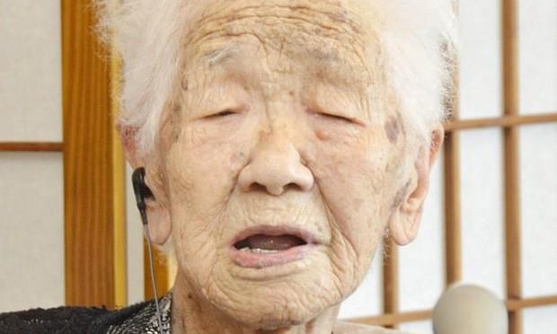 Bí quyết sống lâu của những ông bà thọ nhất thế giới - Ảnh 2.