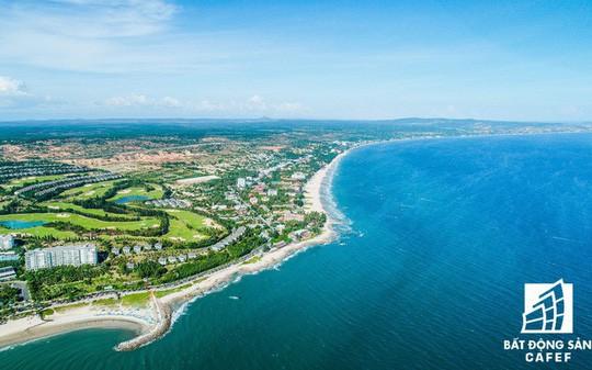 Làn sóng đầu tư đất nền ven biển đổ về các vùng đất mới - Ảnh 2.