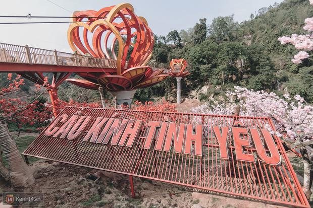 """3 cây cầu lùm xùm nhất Việt Nam 2019: """"Scandal đạo nhái"""" Cầu Vàng Đà Nẵng, sự cố chậm trễ cầu kính Sa Pa còn chưa gây sốc bằng cái tên cuối - Ảnh 13. 3 cây cầu lùm xùm nhất Việt Nam 2019: """"Scandal đạo nhái"""" Cầu Vàng Đà Nẵng, sự cố chậm trễ cầu kính Sa Pa còn chưa gây sốc bằng cái tên cuối 3 cây cầu lùm xùm nhất Việt Nam 2019: """"Scandal đạo nhái"""" Cầu Vàng Đà Nẵng, sự cố chậm trễ cầu kính Sa Pa còn chưa gây sốc bằng cái tên cuối photo 12 15675621475421225755879"""