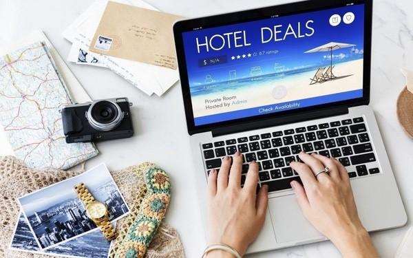 Nhiều ông lớn đổ vốn vào ngành dịch vụ du lịch trực tuyến - Ảnh 1.