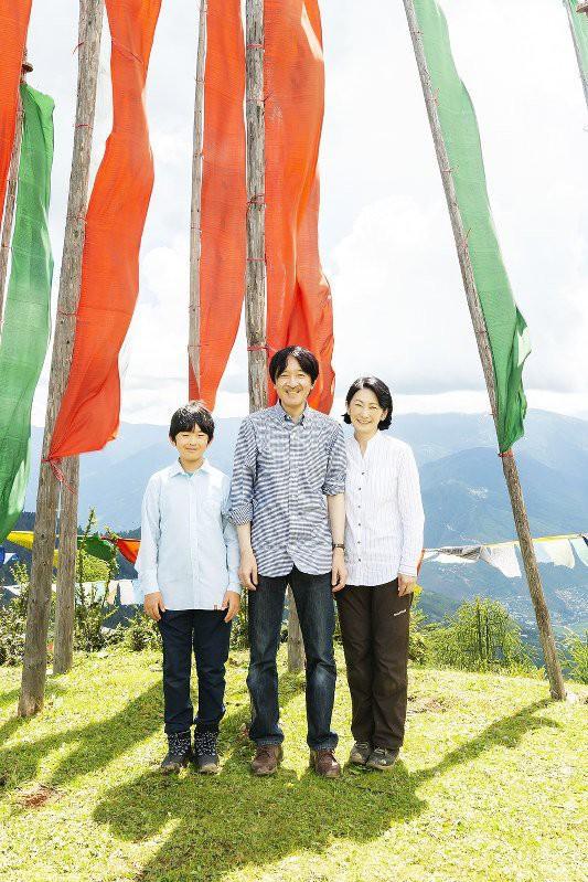 Cung điện công bố một loạt ảnh mừng sinh nhật Hoàng tử Nhật Bản, cho thấy đấng quân vương tương lai được nuôi dạy thế nào - Ảnh 8.