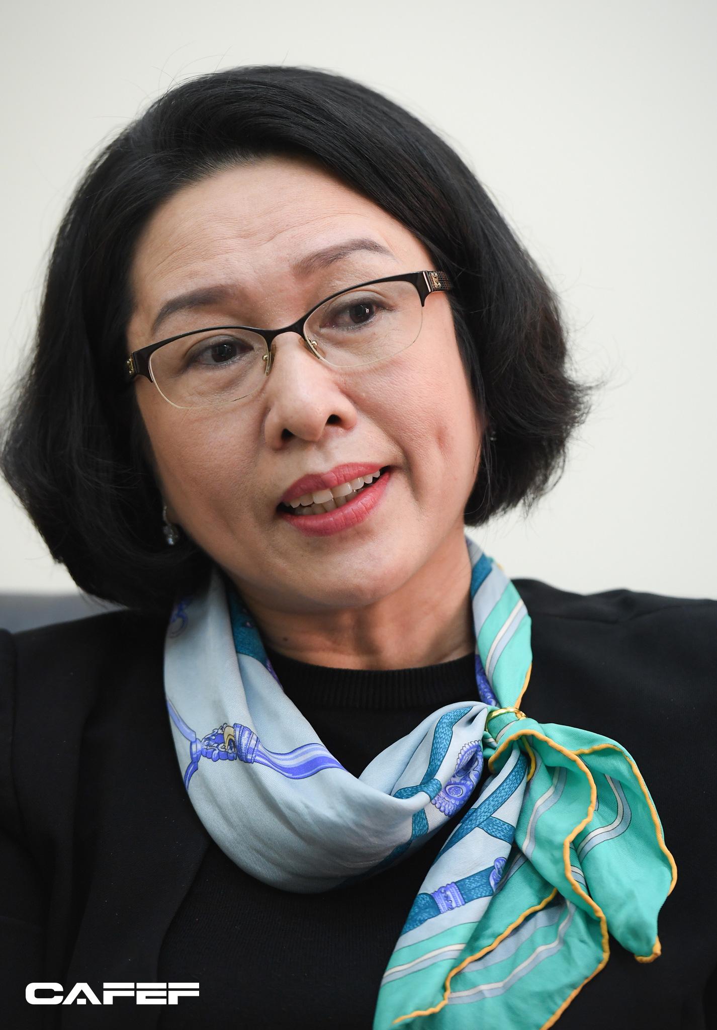"""Nữ Viện trưởng đầu tiên của CIEM: Bối cảnh kinh tế khó lường chính là """"sức ép tích cực""""! - Ảnh 11."""