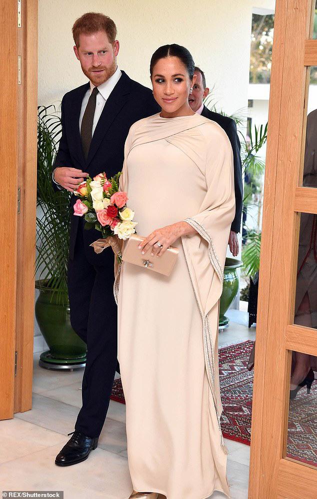 Meghan Markle: Lấy chồng được hơn 1 năm đã tiêu 28 tỉ tiền quần áo, cô sẽ chi trả cho trang phục thế nào sau khi tuyên bố độc lập tài chính đây!  - Ảnh 8.