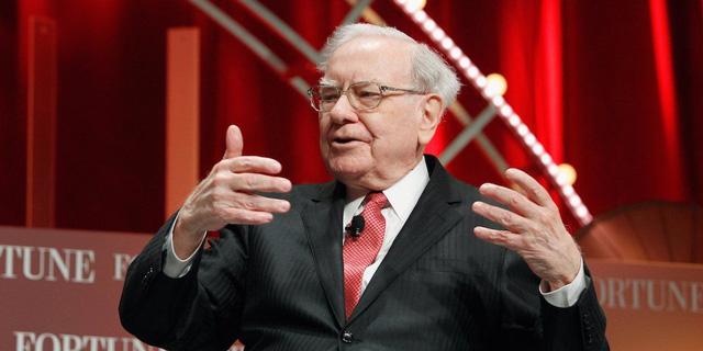 Những bài học kinh điển từ Đắc nhân tâm - Cuốn sách Warren Buffett khẳng định đã thay đổi cuộc đời ông - Ảnh 1.
